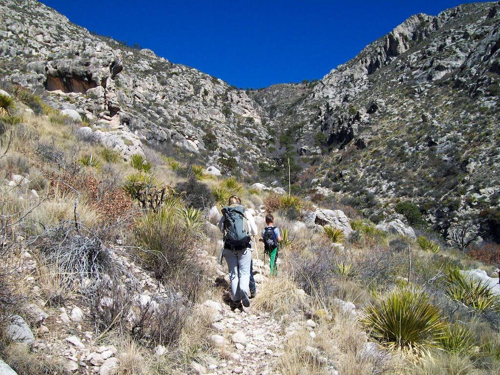 Hunter Peak via Bear Canyon