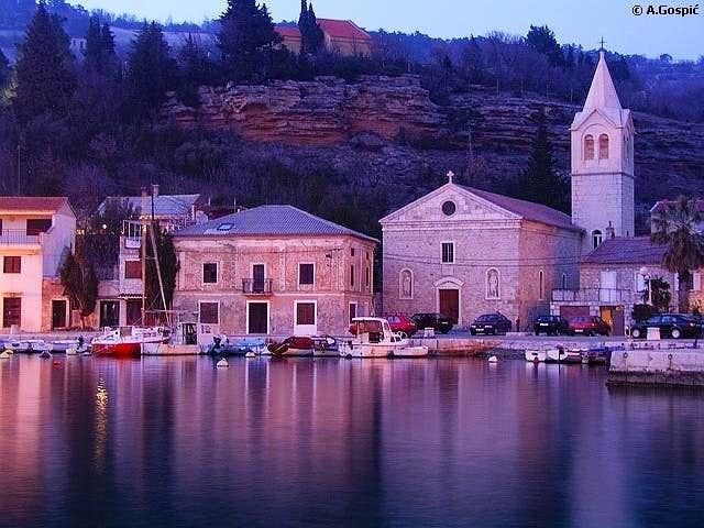 Jablanac , over 800 years...