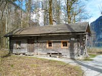 The log cabin for the Watzmann climbers