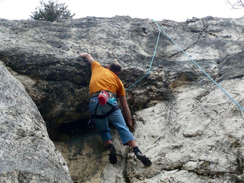 Overhanging