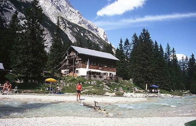 Reintalangerhütte (26 June...
