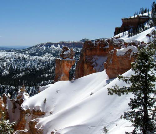 Bryce Canyon in March