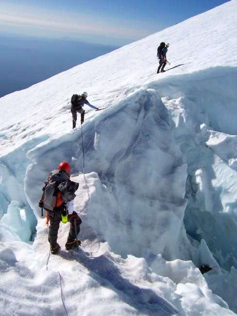 Crossing crevasses on Hotlum...