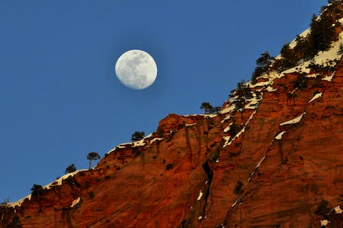 Kolob Moonrise