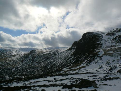 The head of Glen Turret