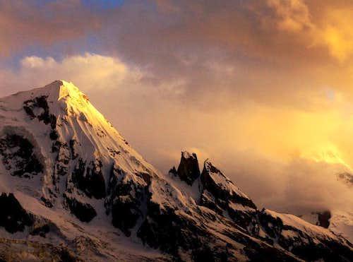 Sunset at Masherbrum.7821m