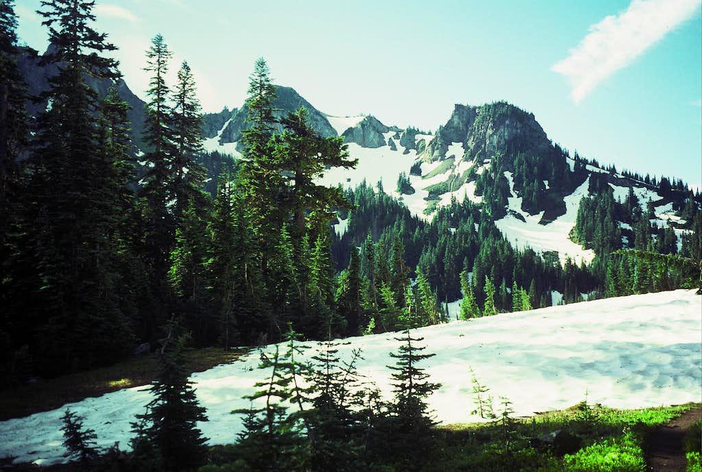 Barrier Peak from near Owyhigh Lakes