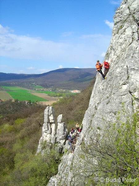 Climbing on Oszoly