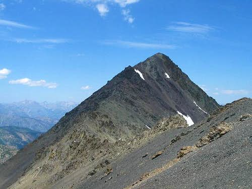 The summit ridge of No....