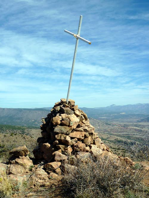 Fremont summit cairn & cross