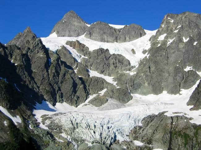 Mt. Shuksan's summit pyramid,...