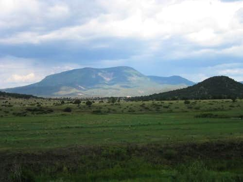 Escudilla Mountain from Sipe...