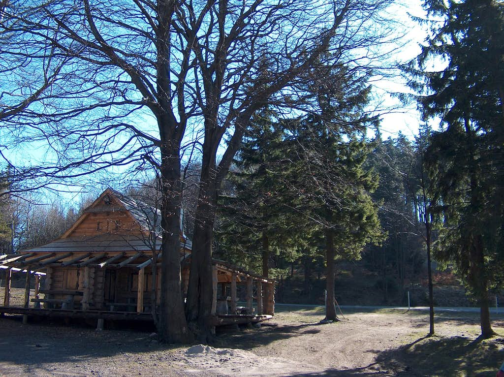 Jugowska Przełęcz (Jugów Pass) on Kalenica