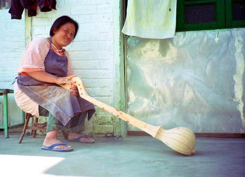 Sitar maker