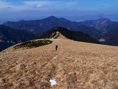 Descent from Ostredok to Dedosova Valley