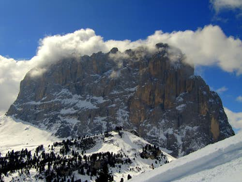 Sassolungo (3181m,East Wall)