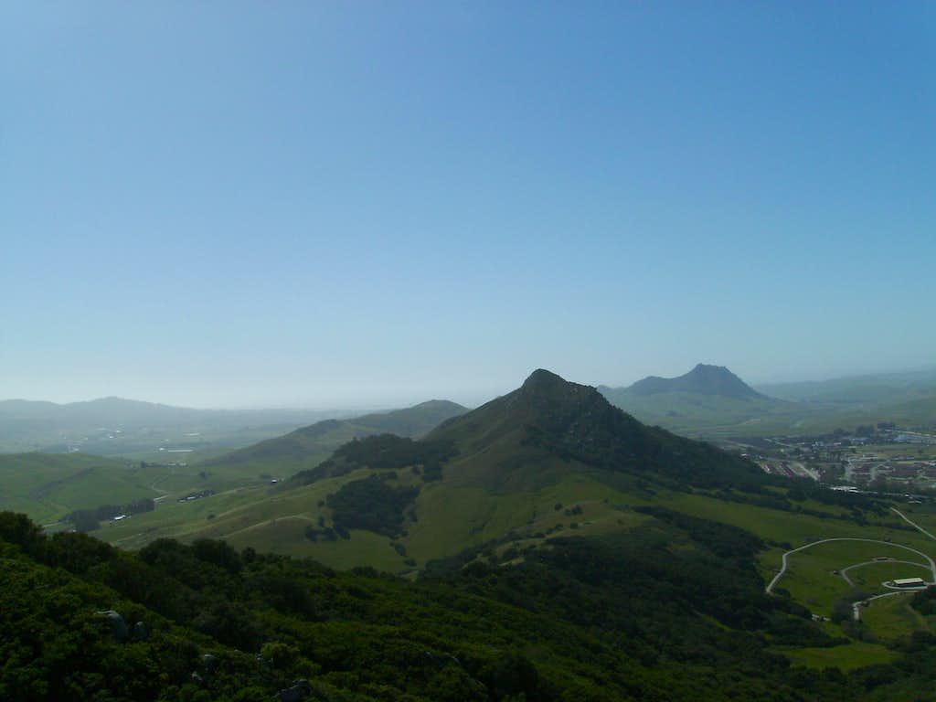 Cerro Romauldo and Hollister Peak