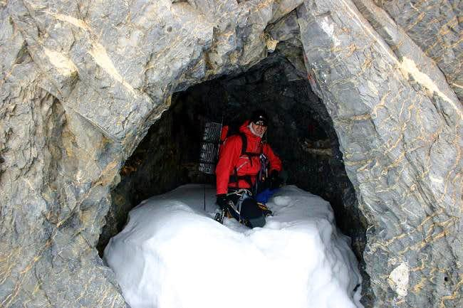 One of Russell´s famous caves...