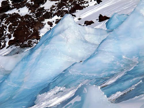 Seracs on the Bolam Glacier