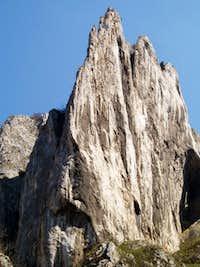 Turnul Ascutit