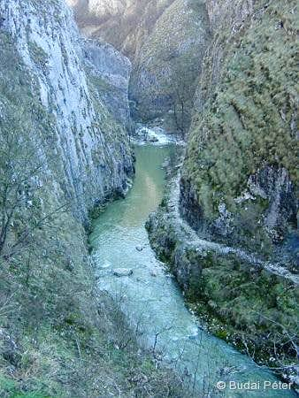 Hăşdate (Hesdát) river