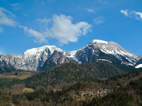 Hoher Göll (2524m) and Hohes Brett (2338m) seen from Schönau