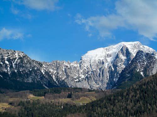 Mannlgrat ridge and Hoher Göll (2524)