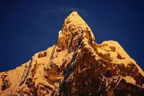 Summit of Jirishanca in first...