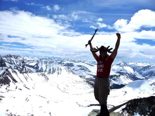 Moose Over Taboose: Cardinal Mountain's East Ridge