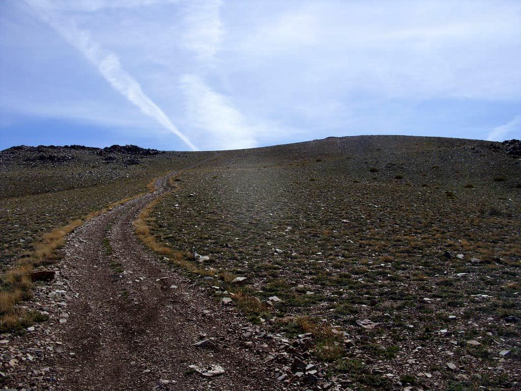 Final stretch up Oreana Peak