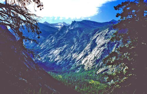The Sphinx, center, Kings Canyon South Fork