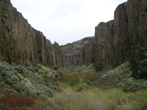 Zeno Canyon