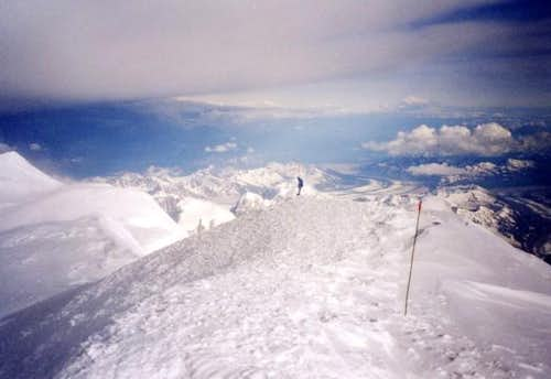 Storm on the summit, 14 june 04