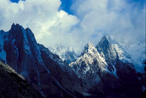 Muchuhar Peaks