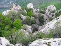 Through limestone chaos of Dabarski Kukovi cliffs...