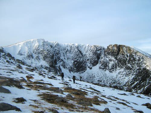 lochnagar from meikle pap col