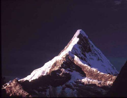 Artesonraju (6025m) from...