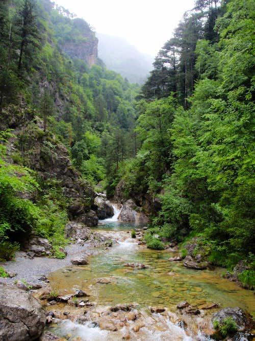 Enipeas River Gorge