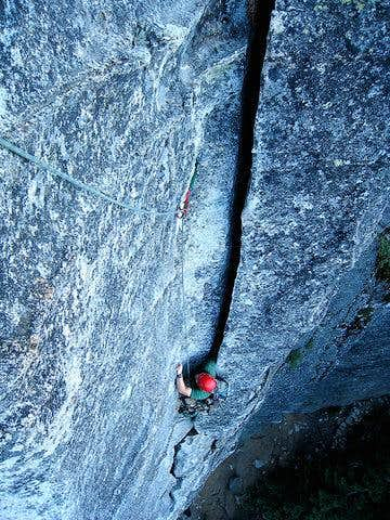 Second Pitch Wide Crack