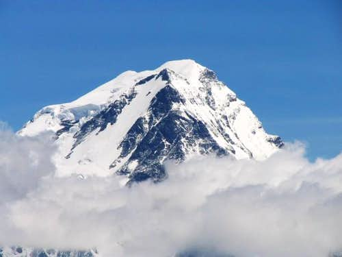 Grand Combin seen from Le...