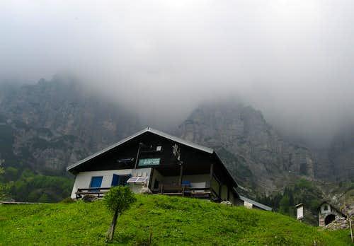 The refuge 7° Alpini.