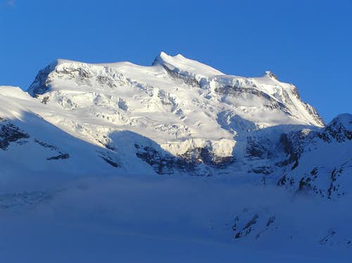 The huge Grand Combin massif