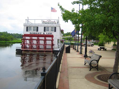 20100613 1528 riverboat