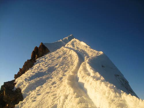 Ridge to summit on Huayna Potosi