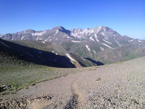Kamankouh ridge