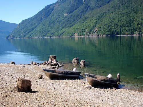 Ross Lake rental boats