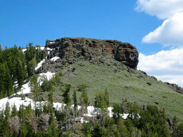 Zoom shot of Rocky Clifftop below Hawkins Peak