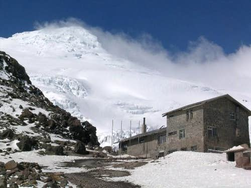 Cayambe s refugio and it s...
