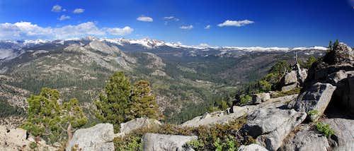 Southeast from Illilouette Ridge