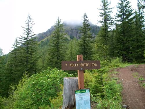 From the Kelly Butte Trailhead